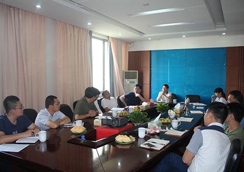 宁夏伊品生物科技股份有限公司总经理董国营一行到公司参观交流